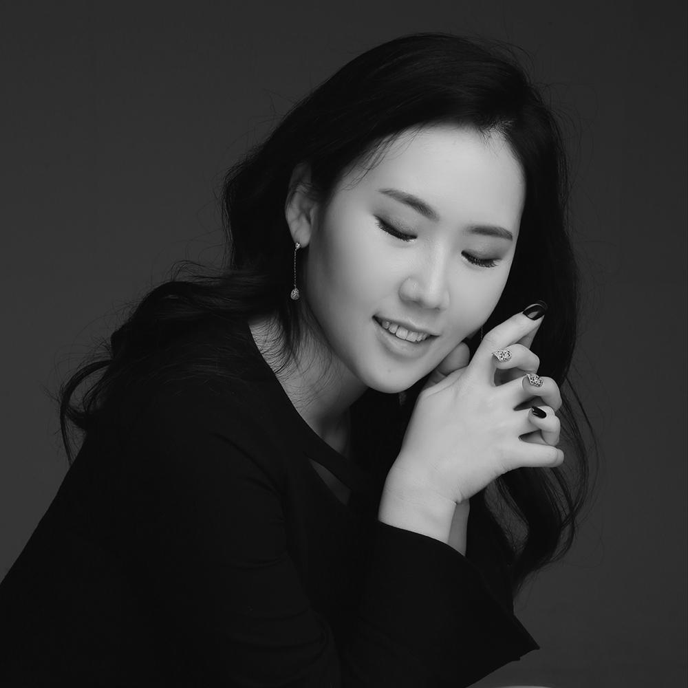 Narae  Lee voce e violino